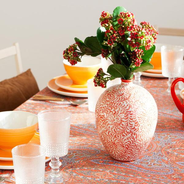 Rote Keramikvase von Zara Home Schweiz