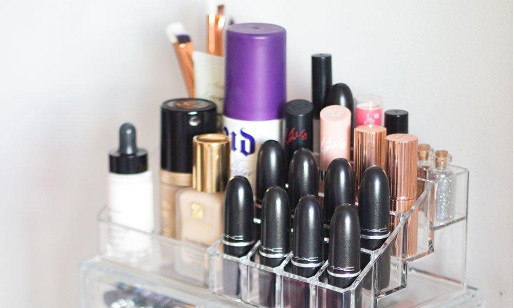 Make-Up Aufbewahrung: Die besten Ideen auf Hey Pretty (Image credit: Gemma Louise)
