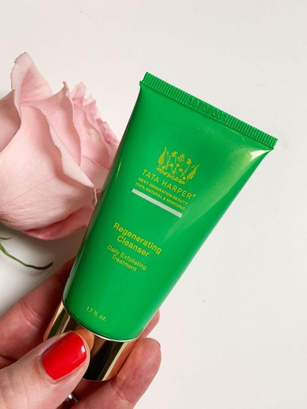 Tata Harper Skincare Regenerating Cleaser (Erfahrungsbericht und Test auf Hey Pretty Schweiz mit Kultkosmetik)