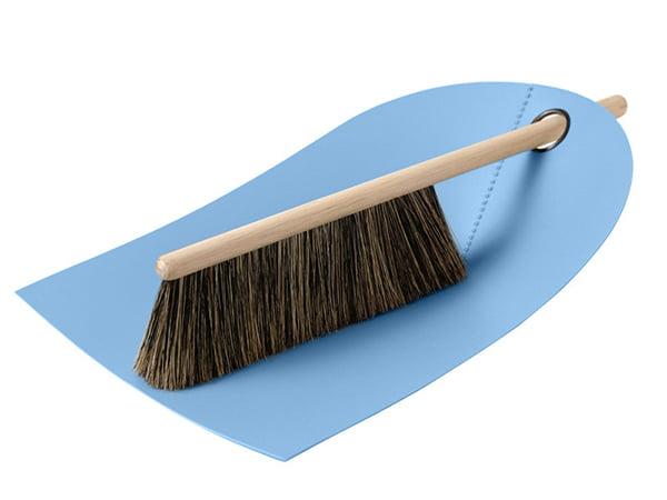 Dustpan and broom by Normann Copenhagen