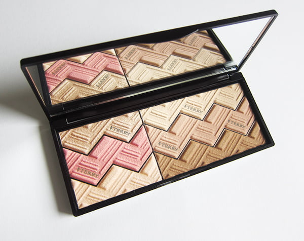 By Terry Sun Designer Palette Light & Tan Vibes, open (Image by Hey Pretty Beauty Blog)
