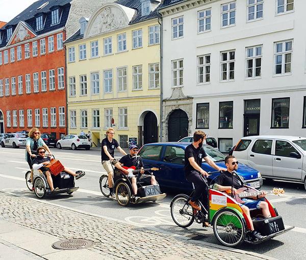 Kopenhagen Reisetipps, Band on Bikes, Image by Hey Pretty Beauty Blog