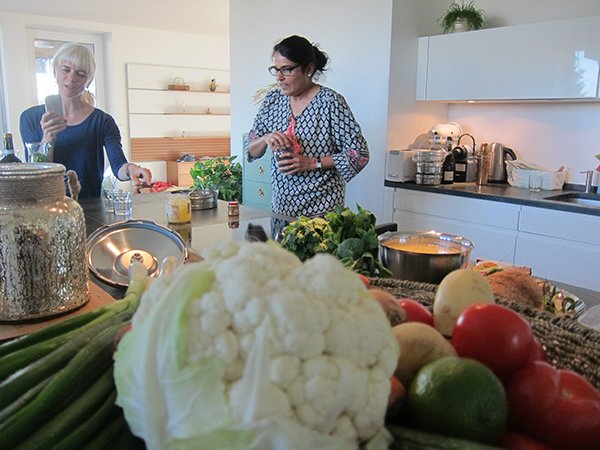Ity Tiwari, Indian Cooking Class (Image by Hey Pretty Beauty Blog)