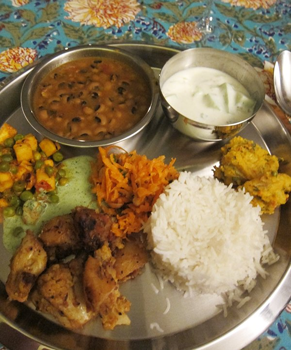 Ity Tiwari, Indischer Kochkurs (Image by Hey Pretty Beauty Blog)