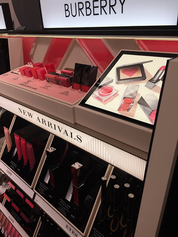 Burberry Beauty Display, Sephora Store Opening bei Manor Genf, Image by Hey Pretty