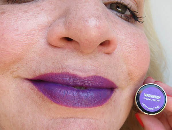 Urban Decay Vice Lipstick Pandemonium Mega Matte, Swatched by Hey Pretty Beauty Blog
