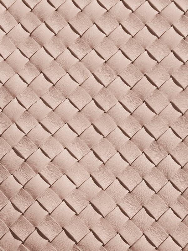 Bottega Veneta Eau Sensuelle Ingredients: Leather