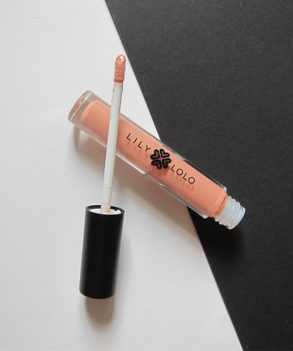 Lily Lolo Natural Lip Gloss in Peachy Keen, Image by Hey Pretty Beauty Blog