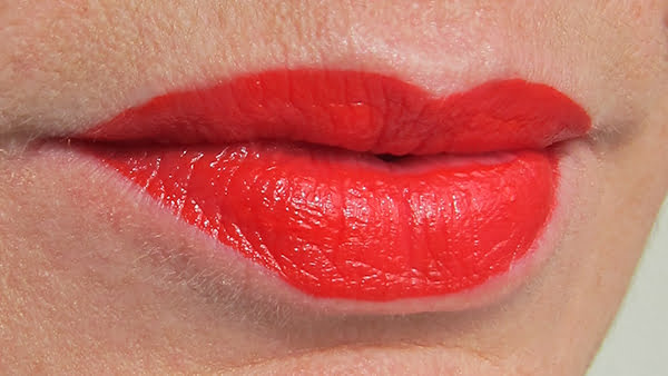 Giorgio Armani Lip Magnet in 302 Hollywood, Swatch by Hey Pretty Beauty Blog