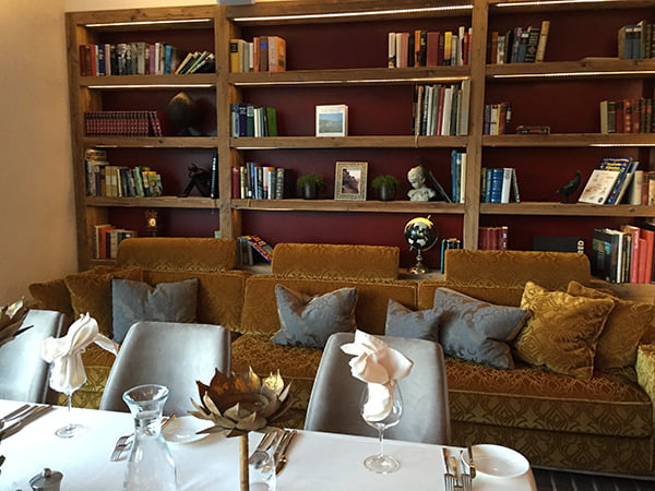 Restaurant Bibliothek STOCK resort Finkenberg, Image by Hey Pretty Beauty Blog
