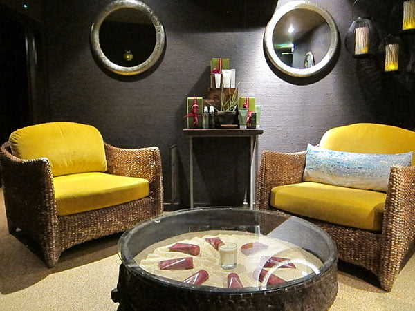 Spa Review Aveda London: Waiting Area (Image by Hey Pretty)
