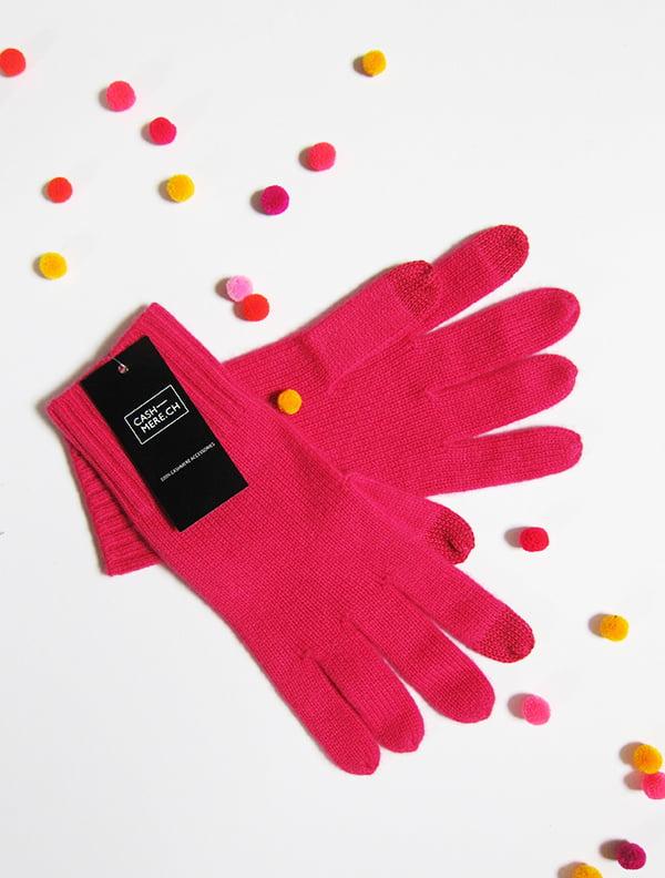 Kaschmir Handschuhe von CASH-MERE.CH (image by Hey Pretty)