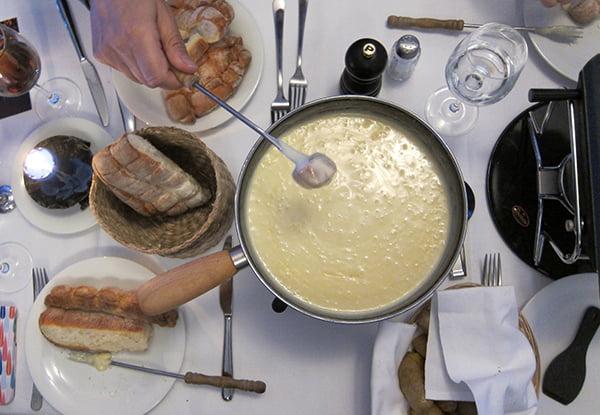 ice_fondue_tisch