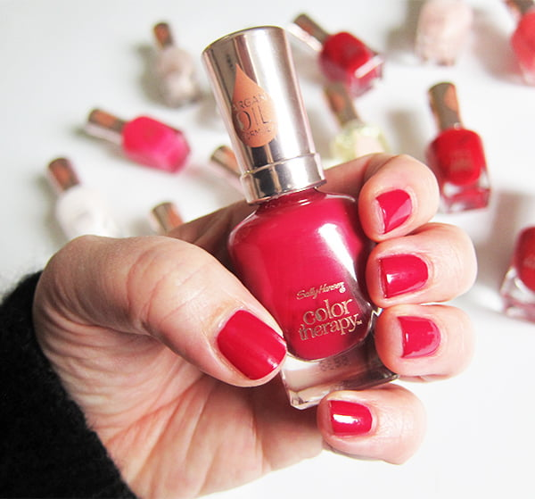 Hey Pretty Review: Sally Hansen Color Therapy Nagellacke
