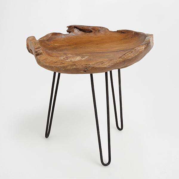 Wohnen mit Pastelltönen: Holztisch von Zara Home