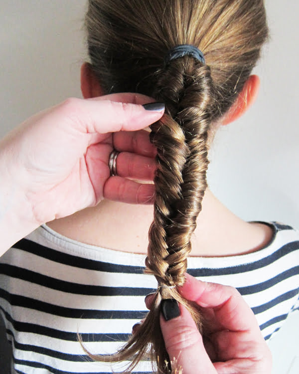 Fishtail Braid, Step 7: Finish and tie off