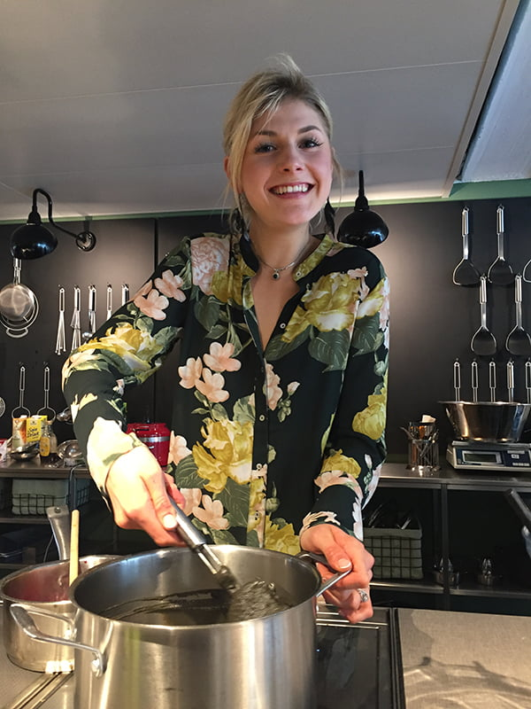 Björn Axén Organic Launch Event Zurich, Nadia Damaso (Image by Hey Pretty)