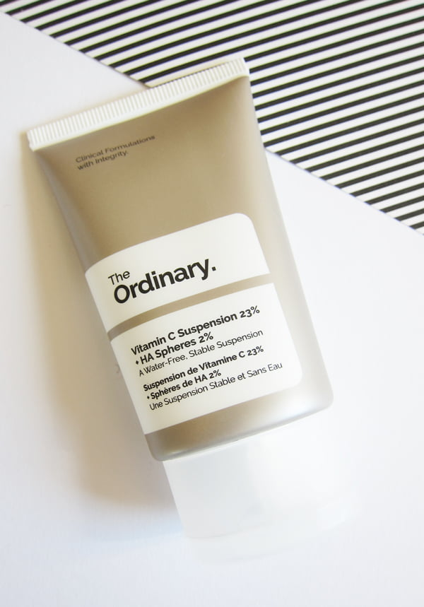 Erfahrungsbericht The Ordinary: Vitamin C Suspension (Image by Hey Pretty)