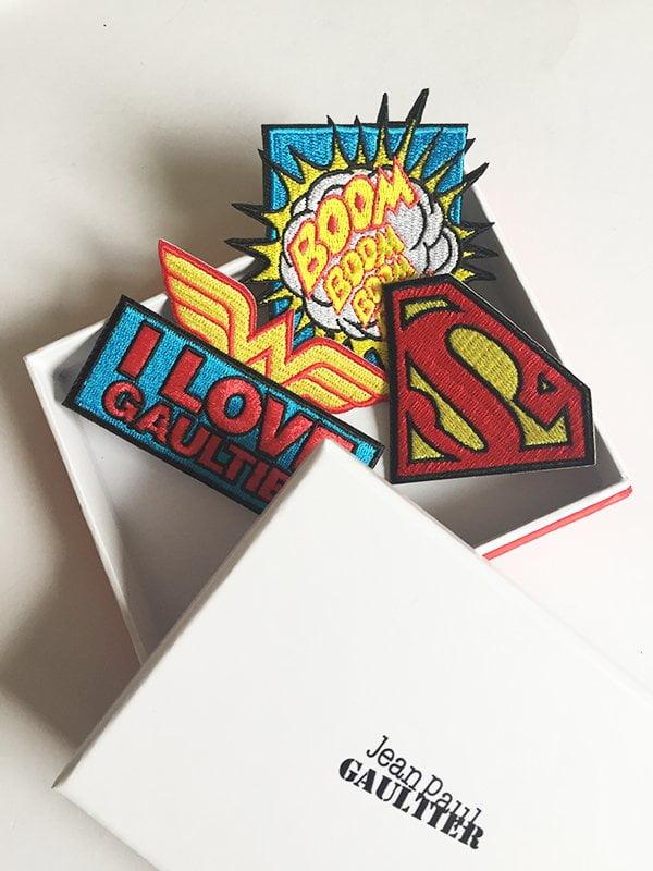 Press kit Jean Paul Gaultier Superman und Wonder Woman, Patches (Image by Hey Pretty)