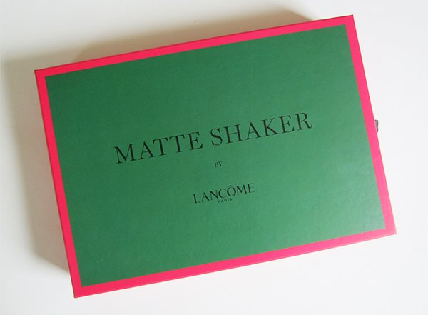 Lancome Matte Shaker Press Kit, closed (Image by Hey Pretty Beauty Blog)