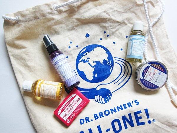 Dr. Bronner's Erfahrungsbericht und Brand Love (Image by Hey Pretty Beauty Blog)