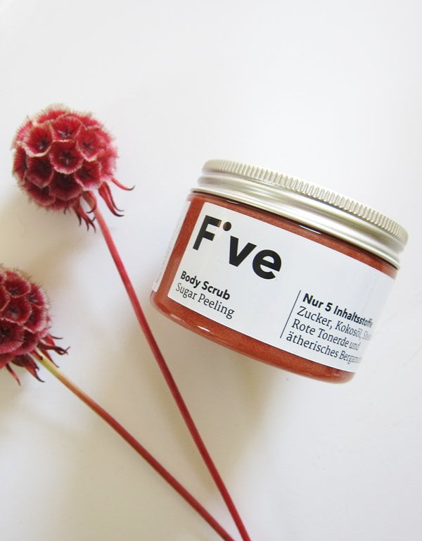 Five Skincare: Coconut Bergamot Body Scrub (Image by Hey Pretty)