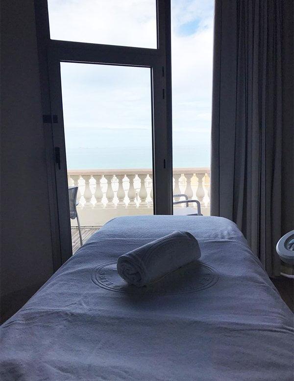 Treatment-Raum im Spa des Grand Hotel des Thermes Saint-Malo