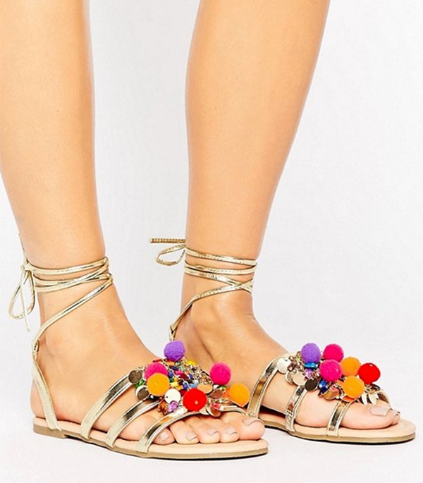 ASOS Frenzy Pompom Sandale (Die besten Sandalen 2017), Fashion Flash by Hey Pretty