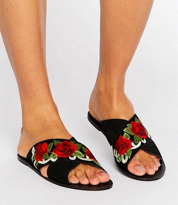 Sandalenparty: ASOS Folklore Slider aus Wildleder (Hey Pretty Fashion Flash Sandalen 2017)