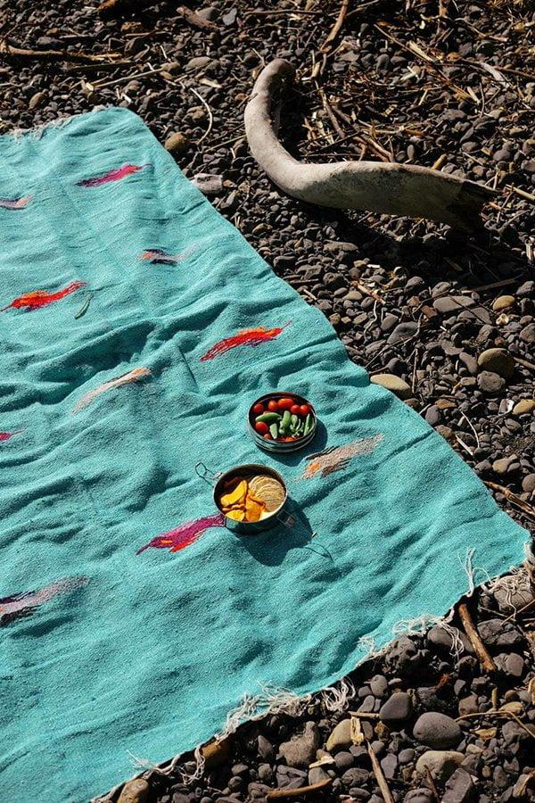 Nipomo Blanket bei Kitchener (Terrassen- und Balkon-Deko auf Hey Pretty)