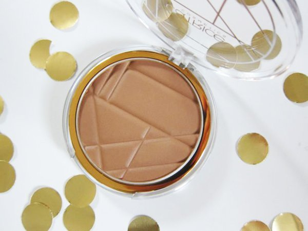 Catrice Soleil d'Ete Bronzer (Review by Hey Pretty)