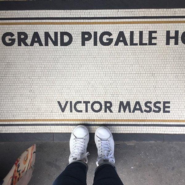 Twilly d'Hermès Launch in Paris: Einchecken im Le Grand Pigalle (Image by Hey Pretty)
