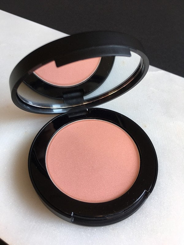 Bobbi Brown Cream Glow Highlighter (Downtown Cool Collection 2017), Image by Hey Pretty