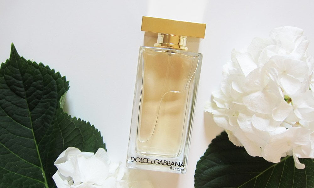 Dolce & Gabbana The One Eau de Toilette (2017), Review and Image by Hey Pretty
