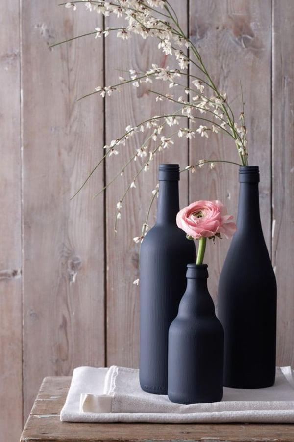 Die besten DIY Ideen auf Pinterest: Schwarze Glasvasen von Spaaz/MotherArt