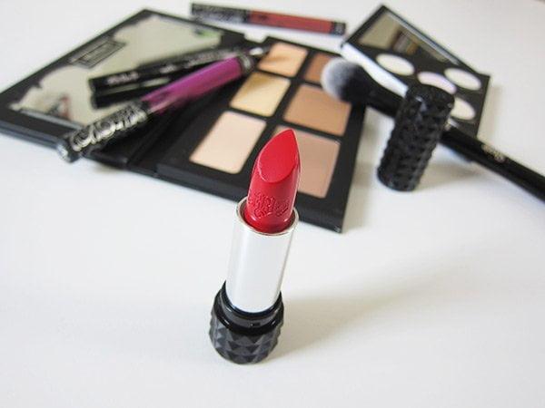 Endlich in der Schweiz: Kat Von D Make-Up! Review auf Hey Pretty Beauty Blog
