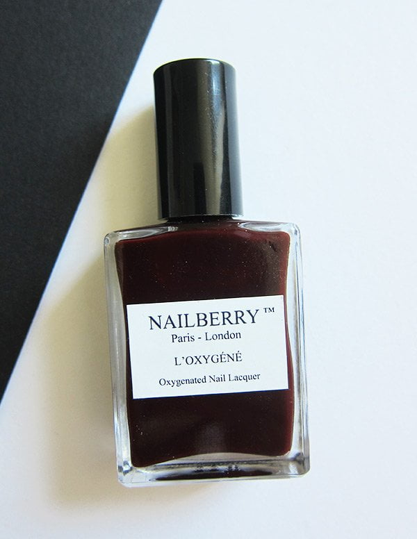Nailberry Erfahrungsbericht auf Hey Pretty Beauty Blog: Noirberry (Non Toxic Nail Polishes)