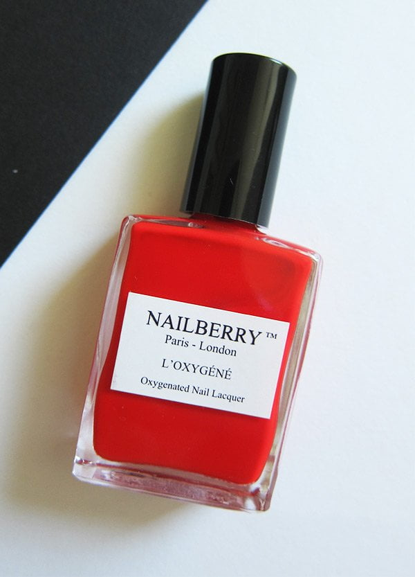 Nailberry Erfahrungsbericht auf Hey Pretty Beauty Blog: Pop My Berry (Non Toxic Nail Polishes)