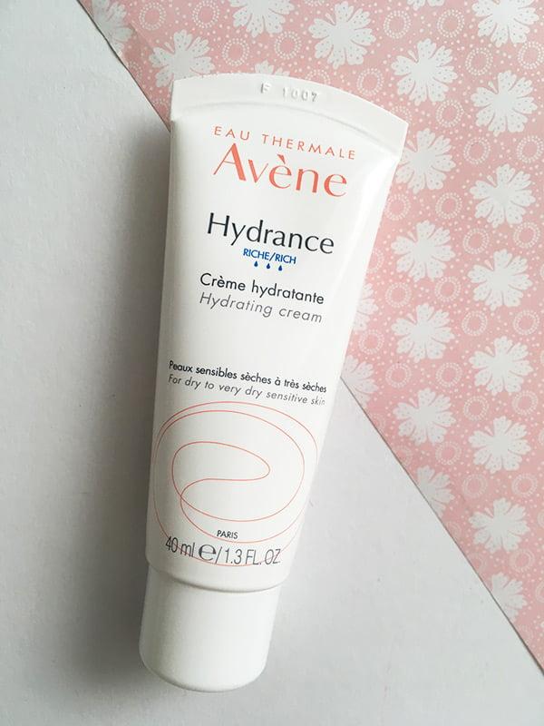 Für trockene Haut: Avène Hydrance Feuchtigkeitscreme: Erfahrungsbericht auf Hey Pretty Beauty Blog