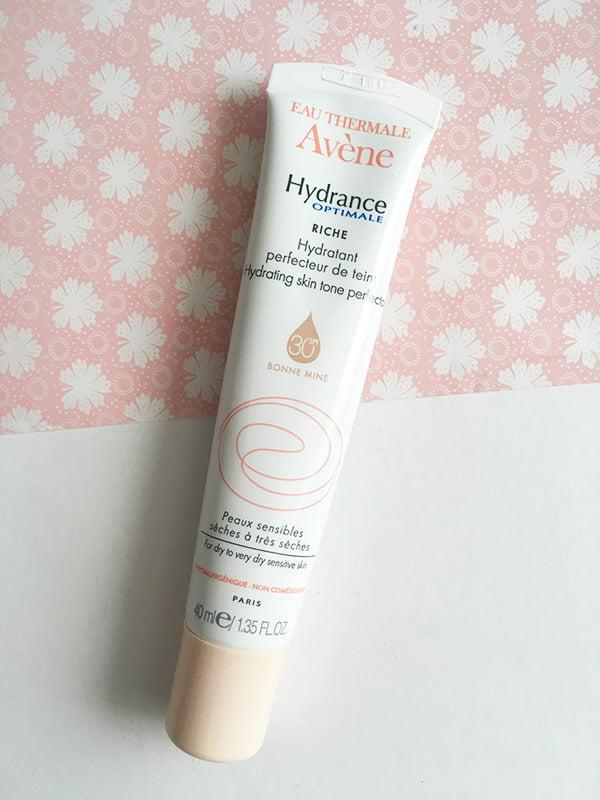 Avène Hydrance Optimale Feuchtigkeitspflege Perfekter Teint: Erfahrungsbericht auf Hey Pretty Beauty Blog
