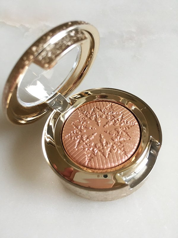 MAC Snow Ball Extra Dimension Eye Shadow in Delicate Drift (Image and Review by Hey Pretty)