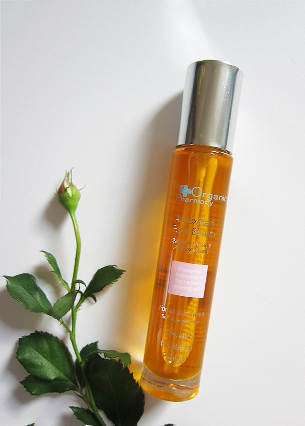 The Organic Pharmacy Antioxidant Face Serum (Review and Image by Hey Pretty)