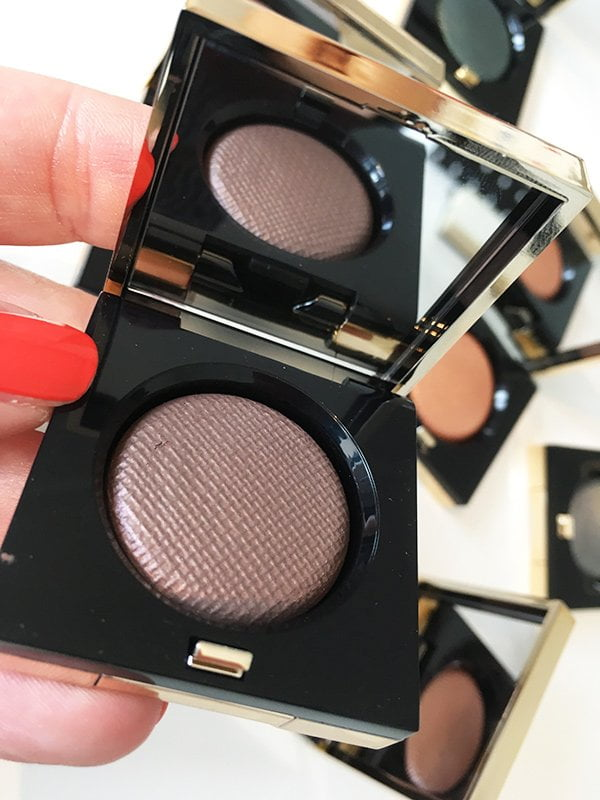 Bobbi Brown Holiday 2017: Luxe Eye Shadow (Image by Hey Pretty)