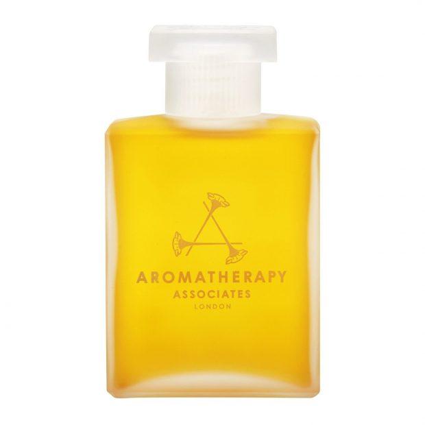 Aromatherapy Associates Deep Relax Bath & Shower Oil (die schönsten Badezusätze für den Winter auf Hey Pretty)