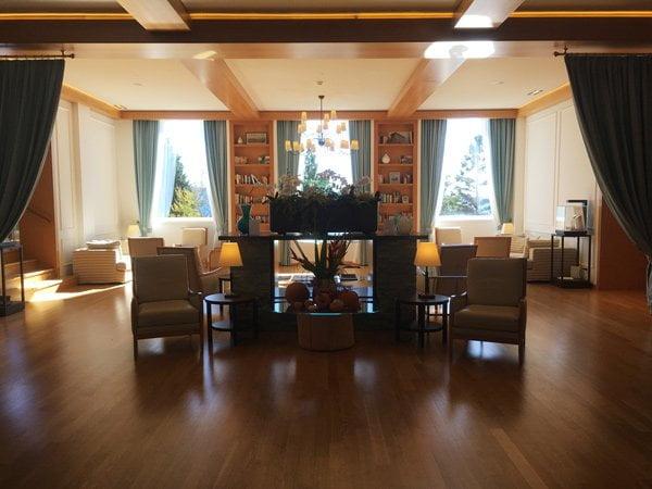 Kurhaus Cademario: Lobby Hotel (Image by Hey Pretty)