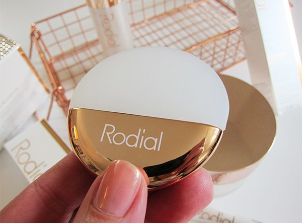 Rodial Rose Gold Moisturizer (Applicator): Review of the Anti Gravity Facecare range on Hey Pretty