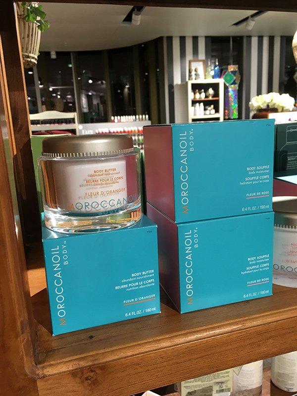 Moroccanoil Produkte im Shop der Schminkbar Modissa Zürich (Image by Hey Pretty)