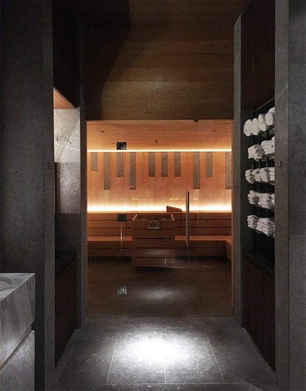 Sauna im Spa des Chedi Andermatt (Image by Hey Pretty)