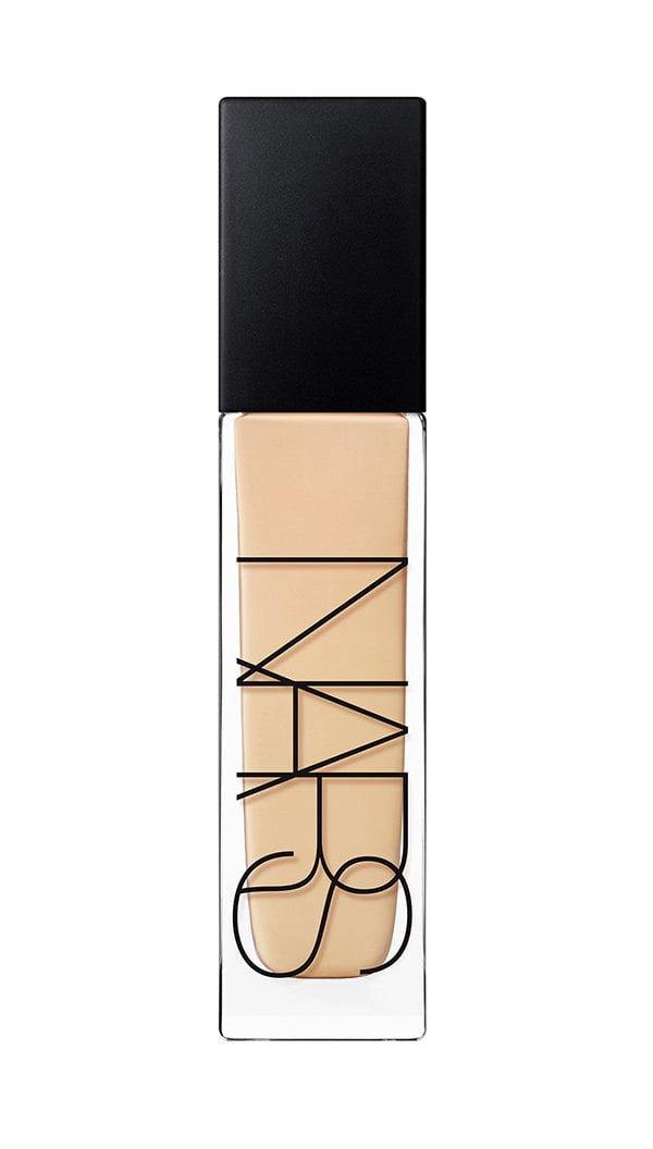 NARS Natural Radiant Longwear Foundation in Deauville (Review on Hey Pretty)