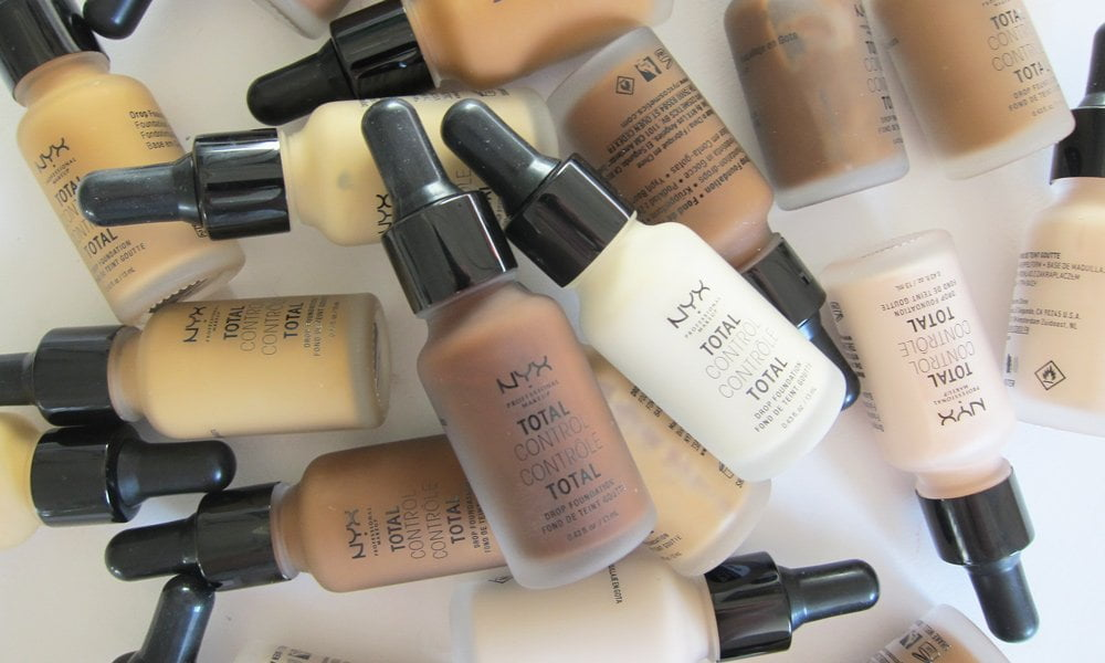 Erfahrungsbericht NYX Professional Makeup Total Control Drop Foundation auf Hey pretty Beauty Blog